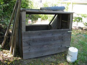 Compost Sifter: Front View